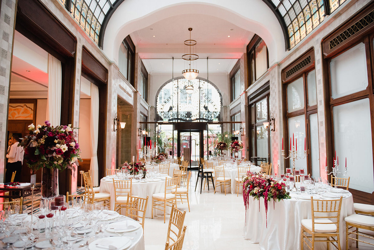 Wedding set up in the Four Seasons Hotel for 120 people in the Zrinyi Passage