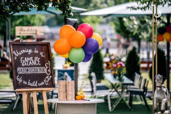 As a part of a decoration the wedding props are a must with quotation on the board accompanied by colourful balloons