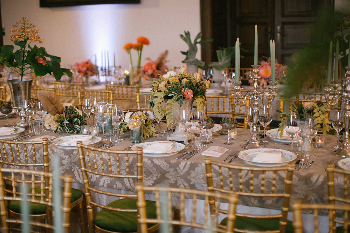 The wedding design was perfectly planned that matched to the castle old elements using the same colours both in flowers and in textile